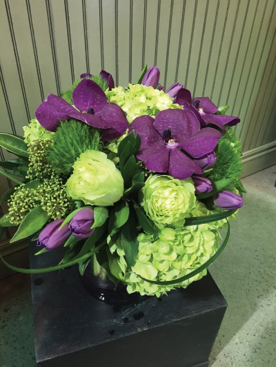 Blossom-Boutique---Arrangement-of-Month-(Easter-2015)-03